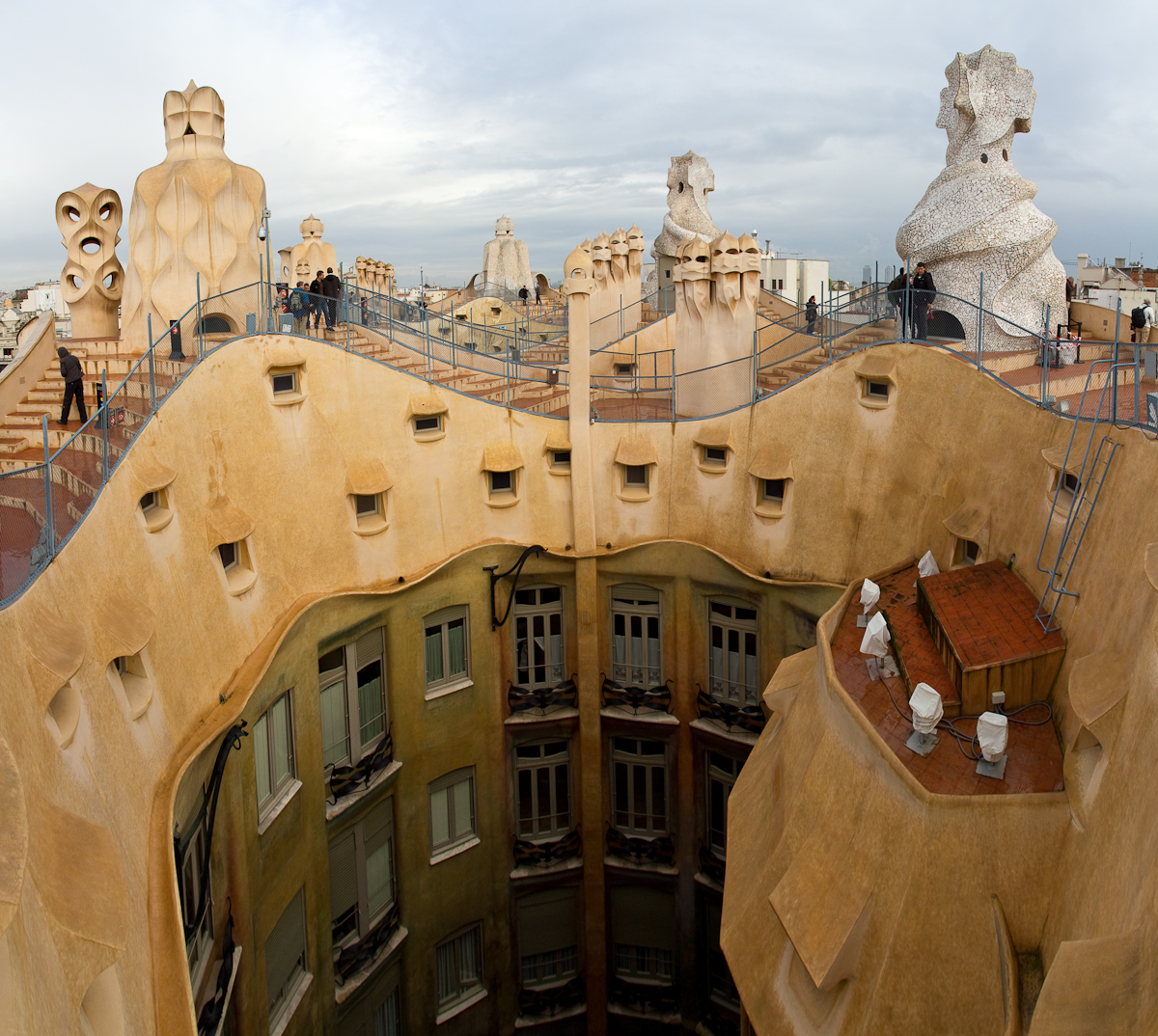 Barcelona, the works of Gaudi – Frontrange Imaging